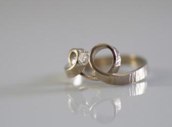 anello a cuore foto