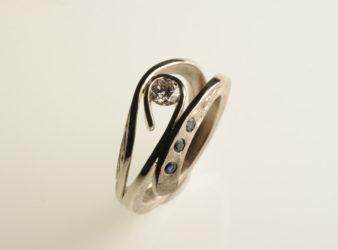 foto anelli fidanzamento antichi