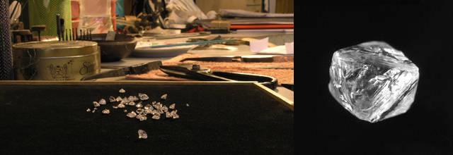 diamante grezzo con la naturale forma a ottaedro