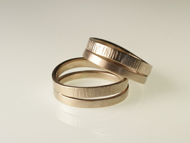 "Fedi matrimoniali originali: ""Duo""- fedi in oro bianco nickel free / ""Duo""- White nickel free gold rings"