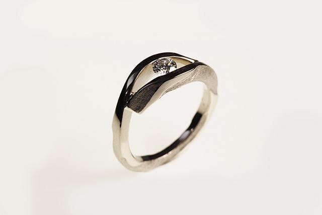 anello di fidanzamento ispirato a architetto