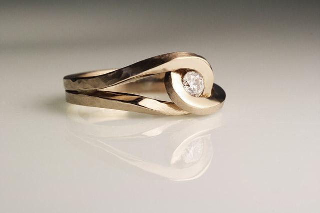 anelli fidanzamento particolari